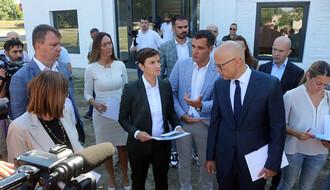 """FOTO: Ana Brnabić predsedavala sednicom Počasnog odbora Fondacije """"Novi Sad – Evropska prestonica kulture"""""""