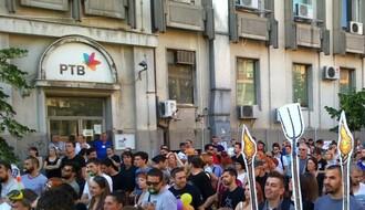 NOVINARSKA UDRUŽENJA: RTV nastavlja s ponižavanjem novinara i građana