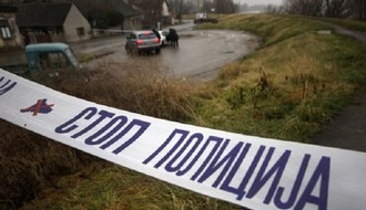 Udes na pružnom prelazu kod Zmajeva, dve osobe poginule