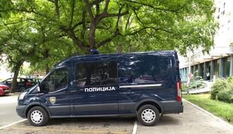 U vreme zabrane kretanja pokušao da provali u automobil na Novom naselju