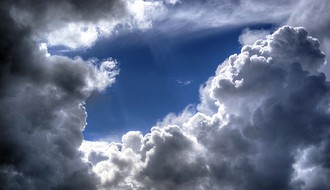 Vreme sutra: Promenljivo oblačno, ponegde sa slabom kišom