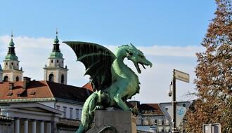 SLOVENIJA: Dnevni rast obolelih u silaznoj putanji, brine porast broja umrlih