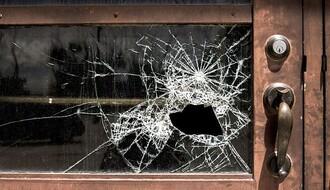 MUP: Osnovci razbijali stakla po Bačkom Petrovom Selu