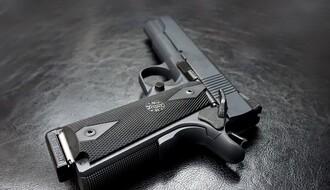 Minimum 600.000 građana Srbije ima dozvolu za oružje