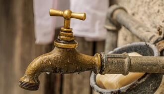 Deo Ribnjaka bez vode zbog havarije