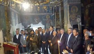 FOTO: Delegacija Novog Sada prisustvovala liturgiji u manastiru Gračanica