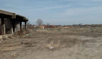 """JKP """"Čistoća"""": Uklonjena divlja deponija na Temerinskom putu (FOTO)"""