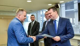 Dodeljena bespovratna sredstva za otvaranje novih radnih mesta i kupovinu opreme
