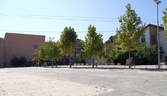 FOTO: Završeno uređenje parkinga kod Matice srpske