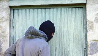 Sedamnaestogodišnji Kaćanin uhvaćen nakon pokušaja pljačke