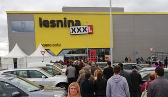 """FOTO: Uz zvuke tamburice """"Lesnina"""" otvorila vrata Novosađanima"""