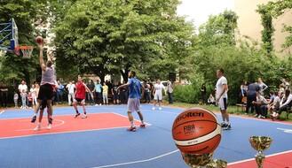 """Održan turnir u basketu na rekonstruisanom košarkaškom terenu u MZ """"Omladinski pokret"""""""