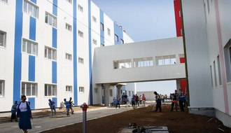 FOTO: Radovi na izgradnji kovid bolnice na Mišeluku privode se kraju