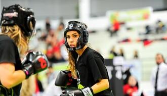 Revija ženskih bokserskih mečeva 8. marta na Spensu