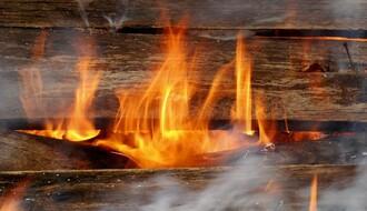 ČURUG: Starica stradala u požaru