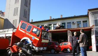 Vatrogasci heroji spasili celu porodicu u Novom Sadu