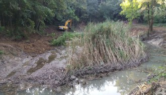 FOTO: Radovi na obnovi jezera u Kameničkom parku privode se kraju