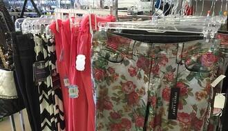 NS: Krala garderobu, pa ugrizla prodavačicu za ruku