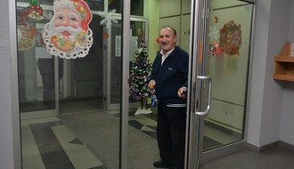 Najprazničnija novosadska zgrada: Ako vam je ulaz bolji, demantujte nas!