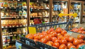 Privredna komora objavila spisak prodavnica koje će u petak ujutro biti otvorene za najstarije