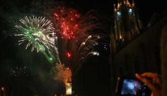 Plavi orkestar, Darko Rundek i SARS za doček Nove godine na Trgu slobode (VIDEO)