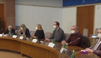 Medicinski deo Kriznog štaba zahtevao nove mere, Brnabić odbila