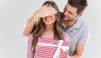 DAN ŽENA: Koji su to poželjni, a koji nepoželjni pokloni