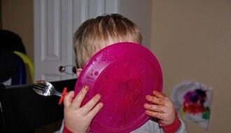 Naučite dete da jede povrće uz sledeće trikove
