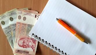 VUČIĆ: Smanjene poreza na zarade u drugoj polovini 2017.