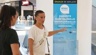"""Fondacija Divac i """"Promenada"""" pomažu srednjoškolcima: Znanje se isplati (FOTO)"""