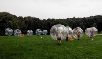 Bubble football na Štrandu
