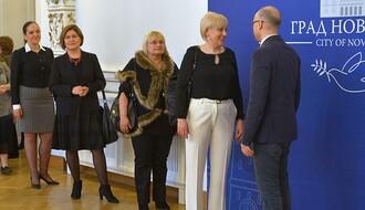 FOTO: Uspešne Novosađanke posetile Gradsku kuću