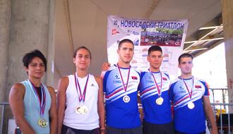 Novosađanin Milan Tomin i Subotičanka Jelena Ademi apsolutni pobednici 20. novosadskog triatlona