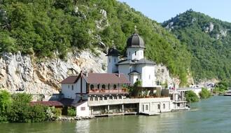 REPUBLIČKI BUDŽET: Za vaučere za odmor u Srbiji izdvaja se 500 miliona RSD