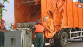 Počela zamena dotrajalih kontejnera na Limanu