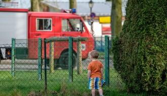 Dvoje dece spaseno iz zapaljenog stana u Majevičkoj