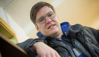 Dejan Ćirjaković: Srećan sam što klinci više ne jure državne poslove