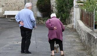 Međunarodni dan starijih osoba: Predrasude su socijalni zid između generacija