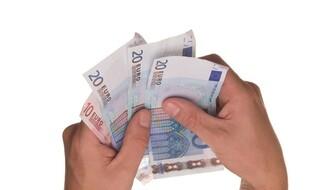 PRECIZIRANO: Ovih datuma kreće isplata državne pomoći građanima