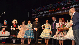 "Otvoren festival ''Slovačke narodne nošnje u Vojvodini"""