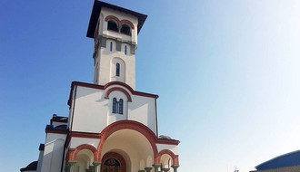 """""""OD KLISE DO HARVARDA"""": Predlog odluke o postavljanju biste episkopa Danila Krstića upućen u gradsku skupštinu"""