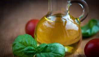 Evo zašto je dobro ujutru popiti kašičicu maslinovog ulja
