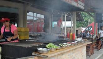 Hrana na Najlonu: Šta ima u ponudi i kakve su cene