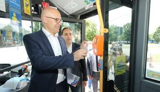 Predstavljen modernizovan vozni park GSP-a, EBRD će pomoći kupovinu 10 električnih autobusa