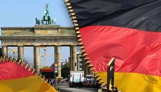 FEJSBUK PREVARANTI: Obećavali posao u Nemačkoj, uzeli pare i nestali