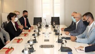 """Delegacija Crne Gore posetila NS: """"I u najtežim vremenima mogli smo da se oslonimo na drage goste iz Vojvodine i Srbije"""""""