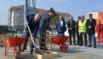 FOTO: Položen kamen temeljac za zgradu Hitne pomoći na Telepu