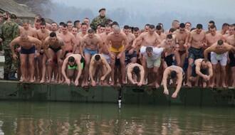 Plivanje za časni krst ove godine samo simbolično, ponegde i uz humanitarni karakter