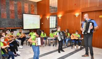 FOTO: U Skupštini grada svečano otvorena Dečija nedelja
