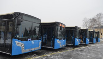 Na ulicama šest novih autobusa, gradonačelnik lično provozao jedan